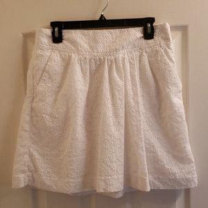 Loft White Skirt Has Pockets Size 8